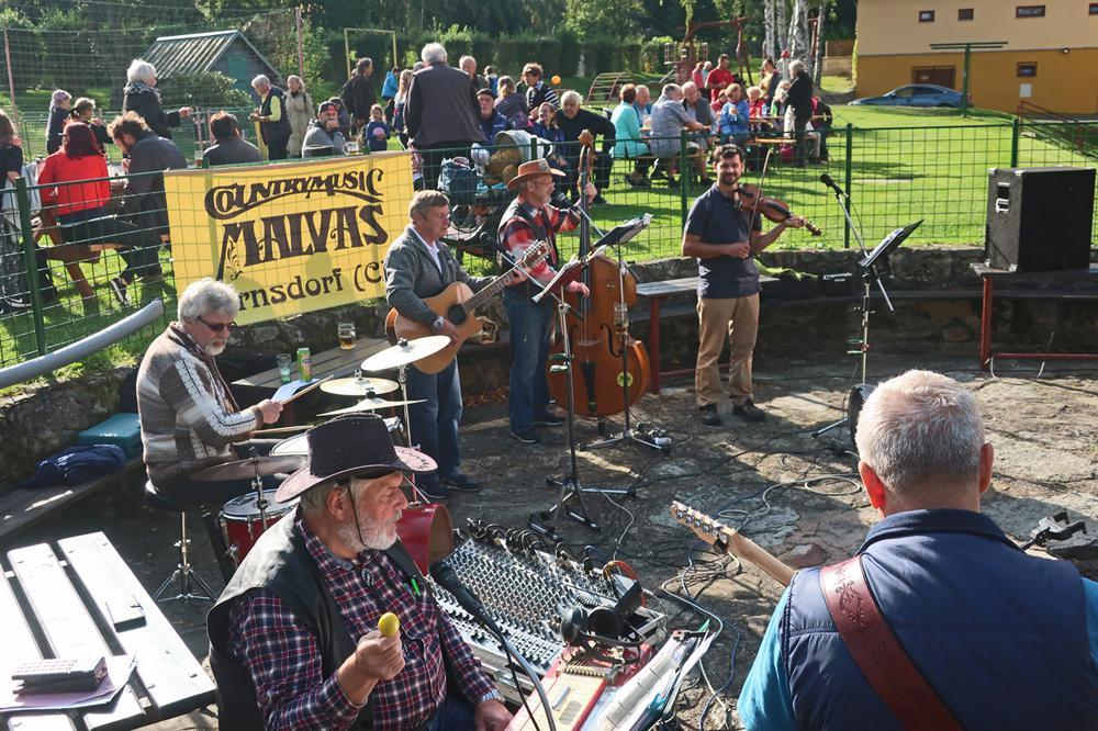 Country kapela Malvas z Varnsdorfu